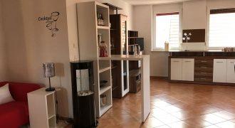VERMIETET! Schöne, geräumige zwei Zimmer Wohnung in Rems-Murr- Kreis, Schorndorf