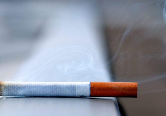 Vermieter aufgepasst: Mieter haftet für starke Vergilbungen durch Rauchen!