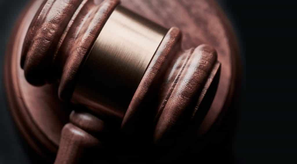 Hammer aus dem Gericht im Close-up